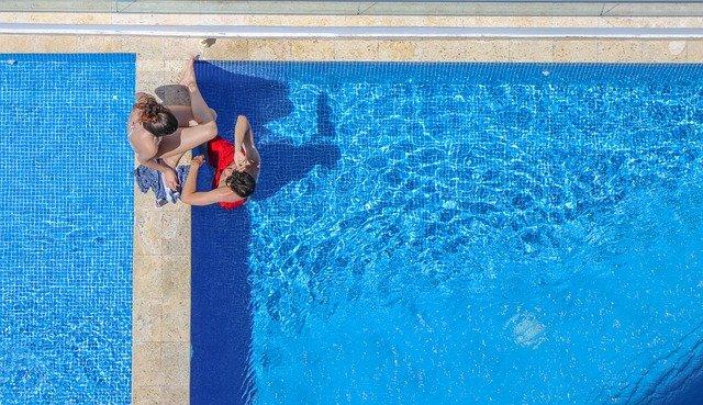 Solární sprchu využijete na zahradě i tehdy, jestliže nemáte bazén