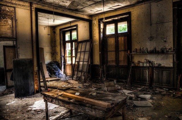 strašidelná místnost
